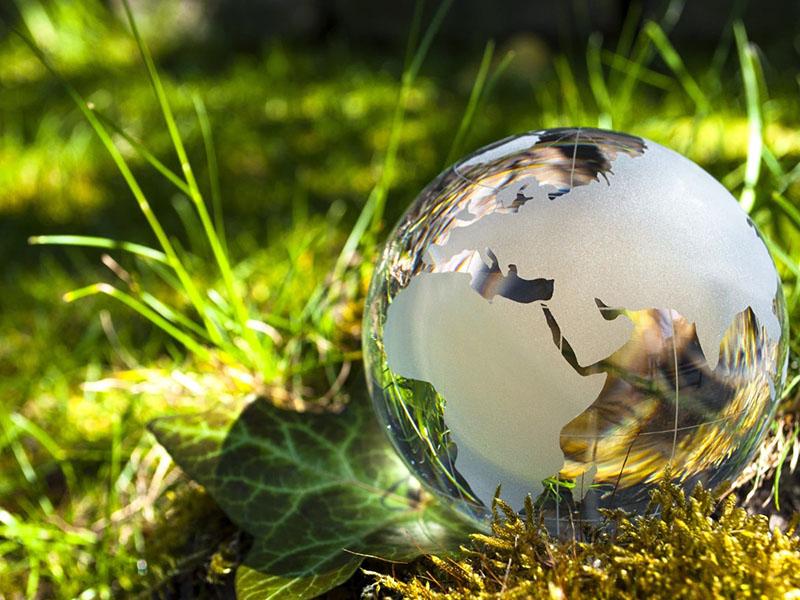 Surface & Sustainability - Impatto zero - 8 luglio ore 10.00 SPAZIO B